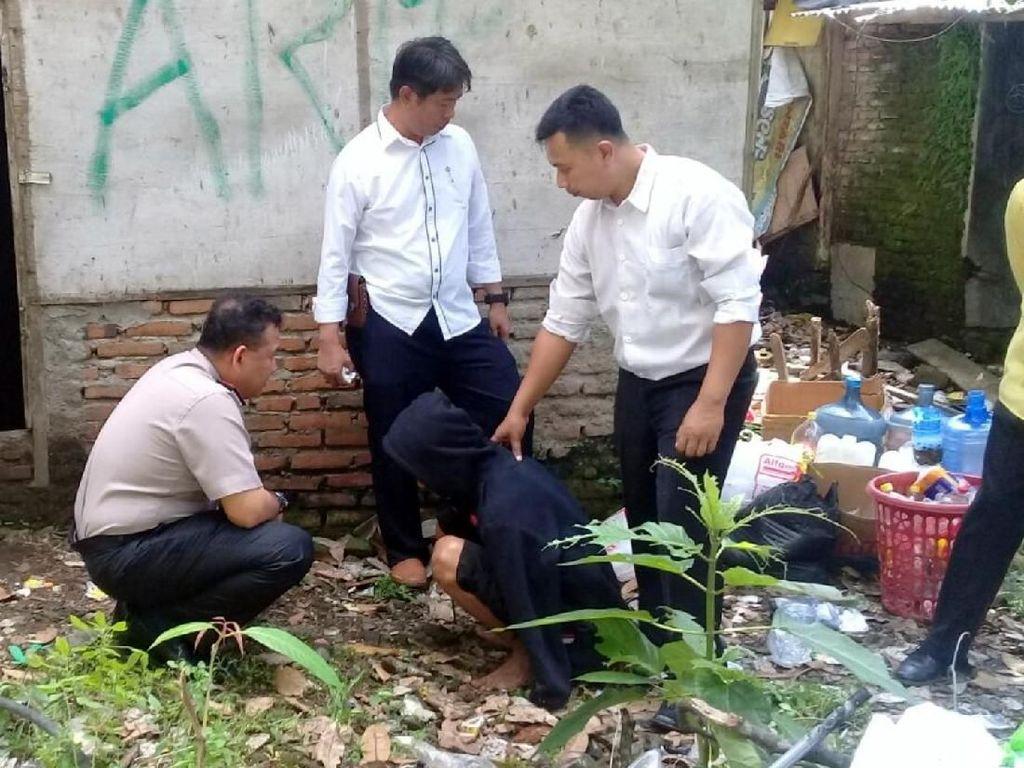 Polisi Tangkap 4 Pelaku Miras Oplosan di Sukabumi