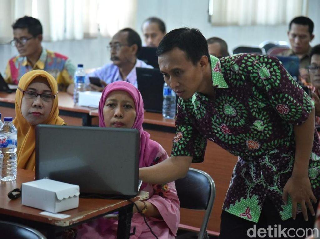 Surabaya Terapkan Penilaian USBN SMP/MTs Gunakan Aplikasi Online