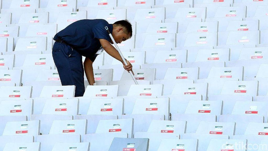 Perawatan Tribun Penonton SUGBK Senayan