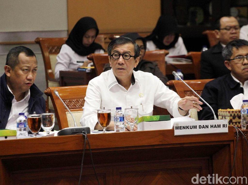 Yasonna Laoly Rapat dengan Komisi III DPR