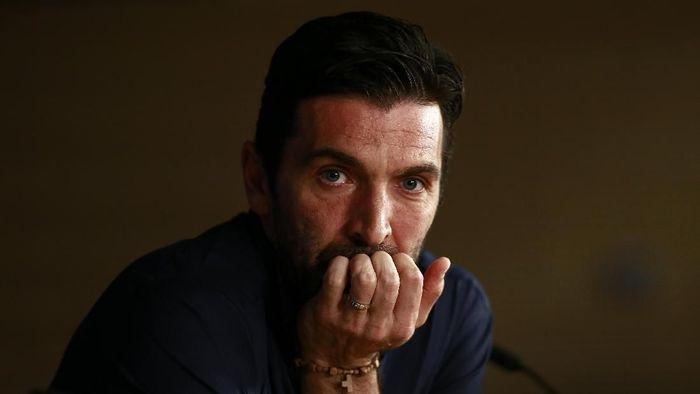 Gianluigi Buffon dikabarkan sepakati kontrak empat tahun dengan Paris Saint-Germain. (Foto: Gonzalo Arroyo Moreno/Getty Images)