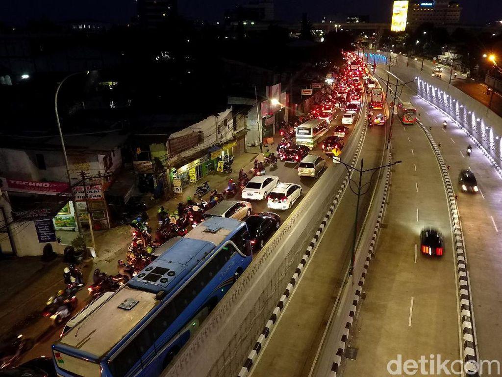 Polisi: Uderpass Mampang-Kuningan Urai Kemacetan