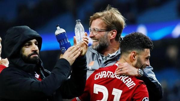 Klopp: Liverpool Butuh Trofi, Bukan Pujian