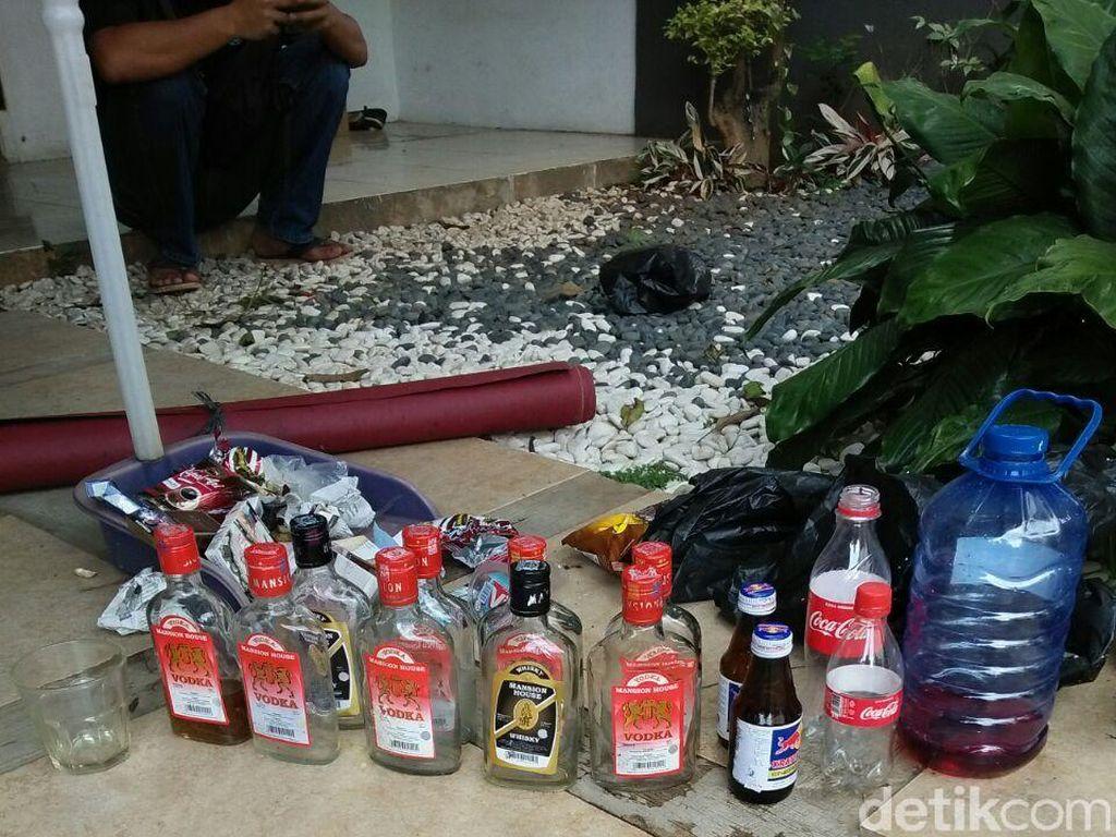 Tersangka Kasus Miras Oplosan di Ciputat Bertambah jadi 5 Orang