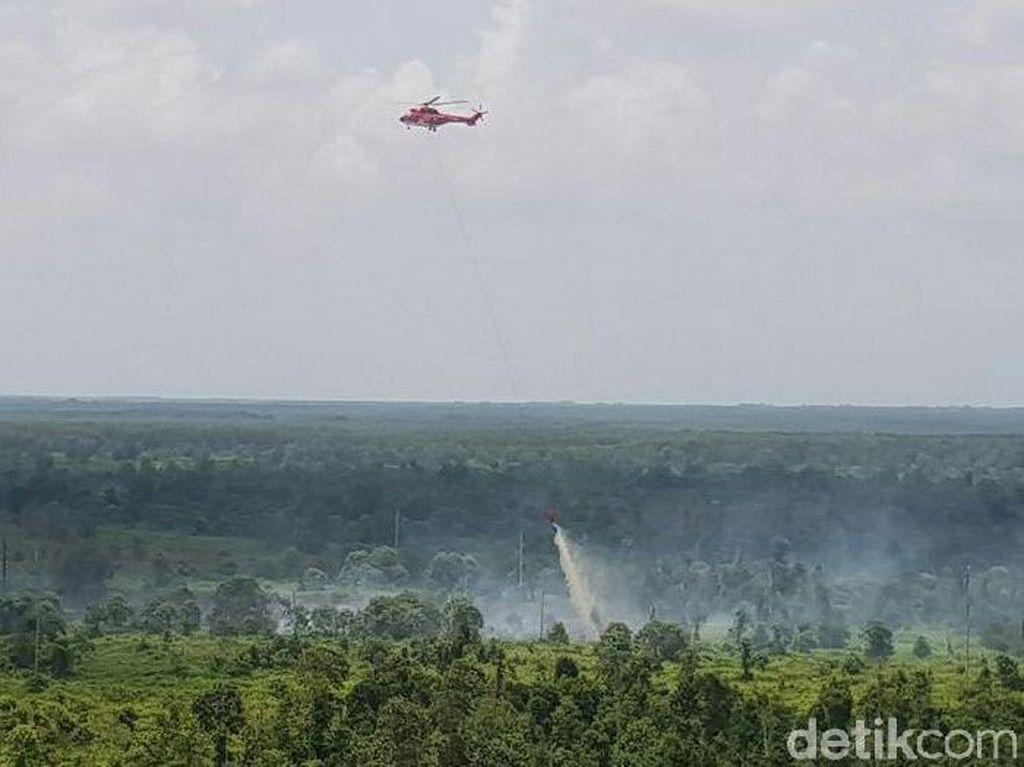 Helikopter Bom Air Dikerahkan untuk Padamkan Kebakaran di Siak