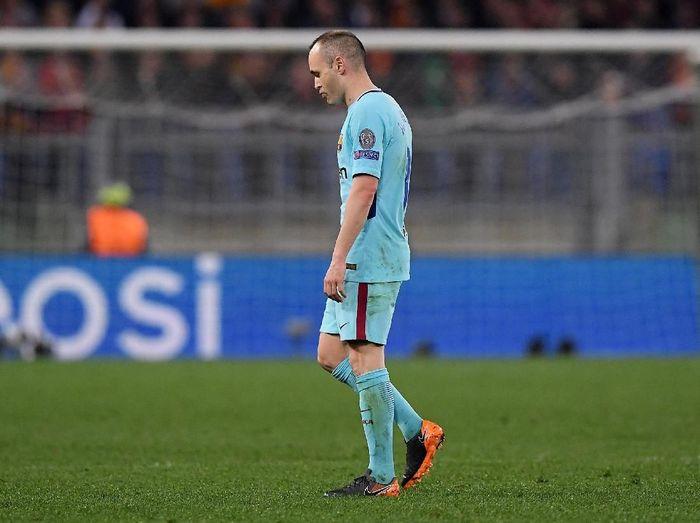 Kekalahan Barcelona dari AS Roma akankah jadi laga terakhir Andres Iniesta di Liga Champions? (Foto: Alberto Lingria/Reuters)