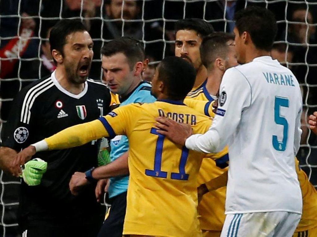 Del Piero Tak Bisa Pahami Tindakan Buffon Caci Wasit