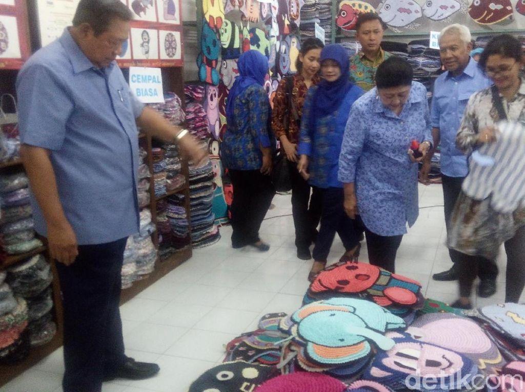 Tips dan Canda dari SBY Saat Bertemu Pengrajin Keset di Semarang