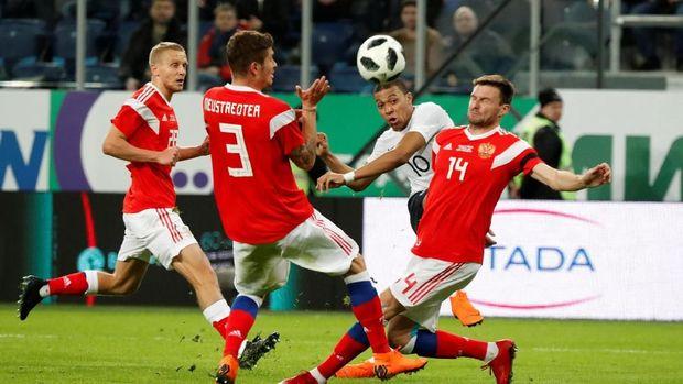 Timnas Rusia meraih hasil buruk dalam beberapa laga uji coba terakhir.