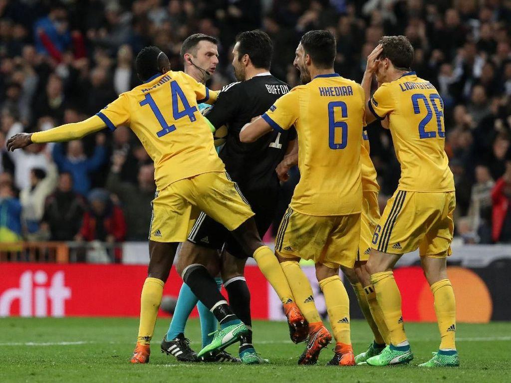 Lippi Belum Terima Kekalahan Juventus, Ikut Soroti Michael Oliver