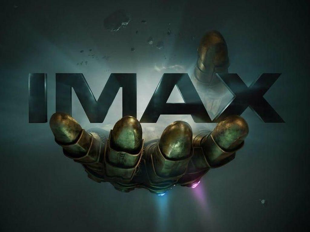 Thanos Sang Pembawa Kematian, Tangannya Saja Bikin Merinding