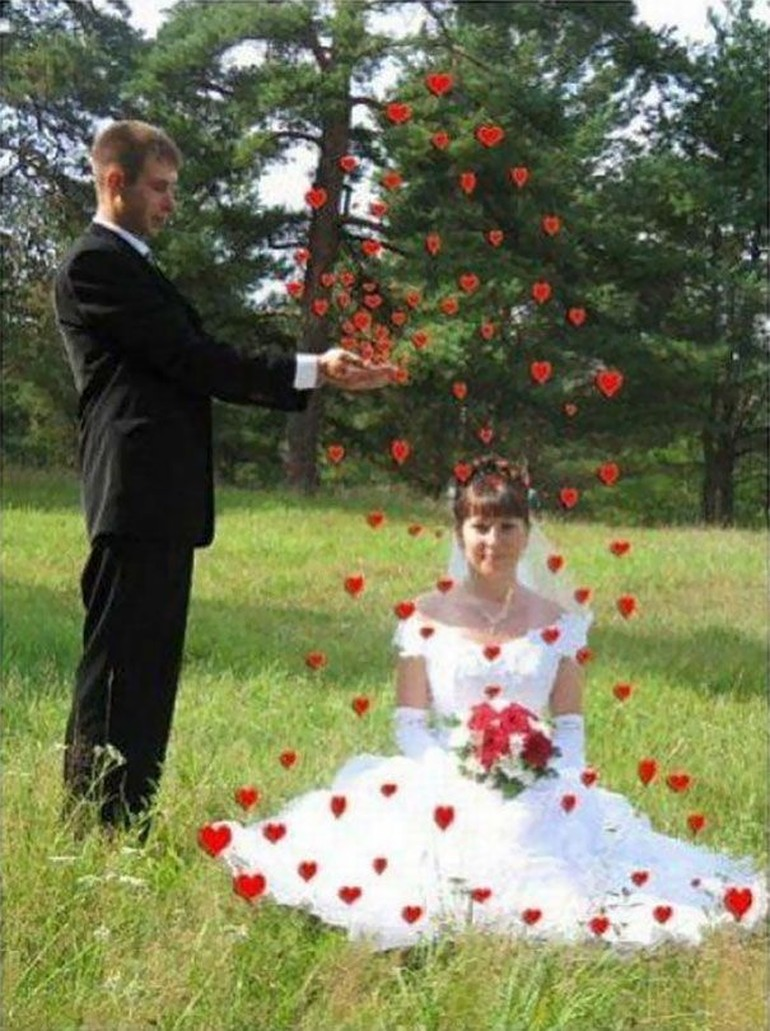 10 Foto Pernikahan Paling Aneh Bikin Geleng Geleng Kepala