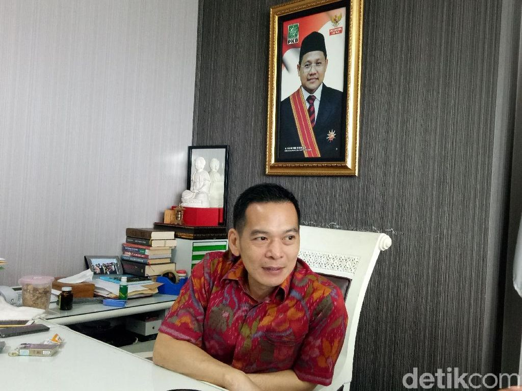 Coret Ganti Presiden Vs #2019GantiPresiden, PKB: Rakyat yang Pilih