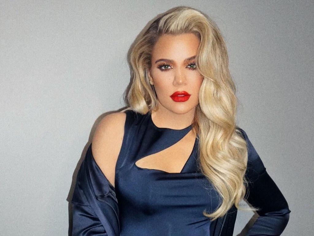Khloe Kardashian Melahirkan, Lihat Lagi Gaya Kehamilannya yang Chic