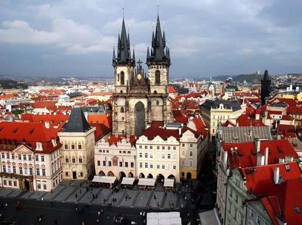 Mengungkap Sejuta Pesona Sejarah di Timur Eropa