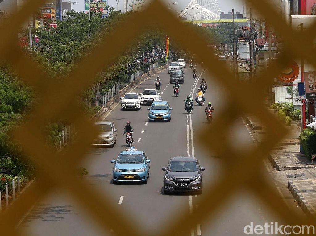 Raperda Depok, Pemilik Mobil yang Tak Punya Garasi Didenda Rp 20 Juta