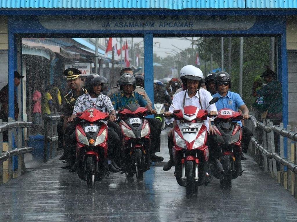 Heboh! Ini Kecepatan Maksimal Motor Listrik Jokowi