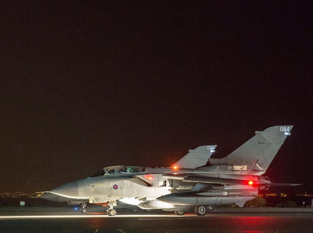 PM Inggris: Tak Ada Cara Lain Menangkal Senjata Kimia Suriah