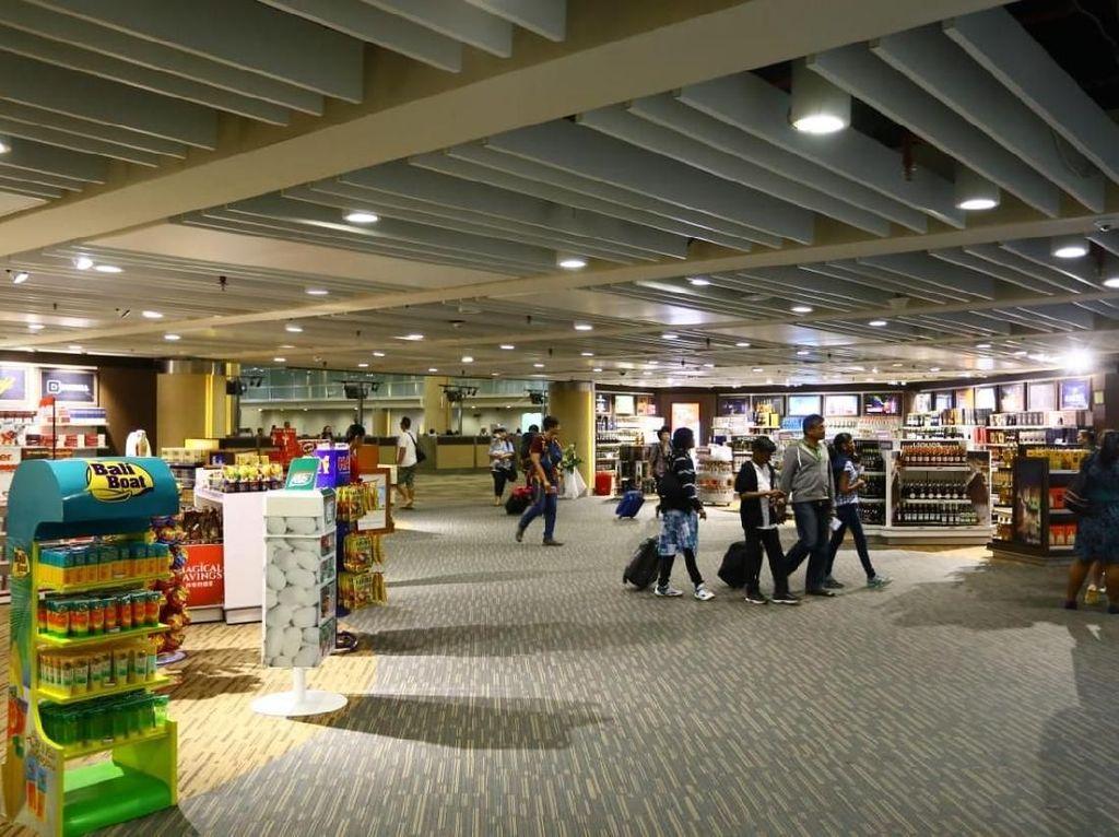 Hati-hati Membuang Struk Belanja Toko Duty Free di Bandara!