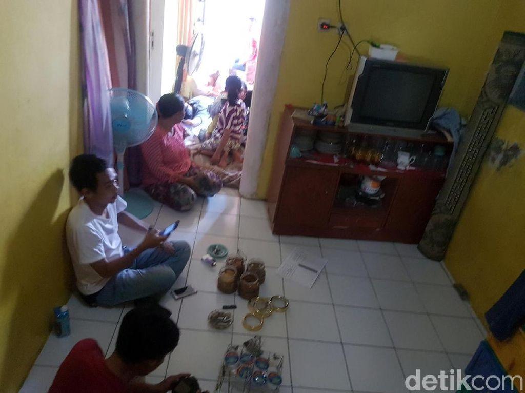 Rumah Bona Pencolek Jokowi Kebanjiran Tamu, Warga hingga Pejabat