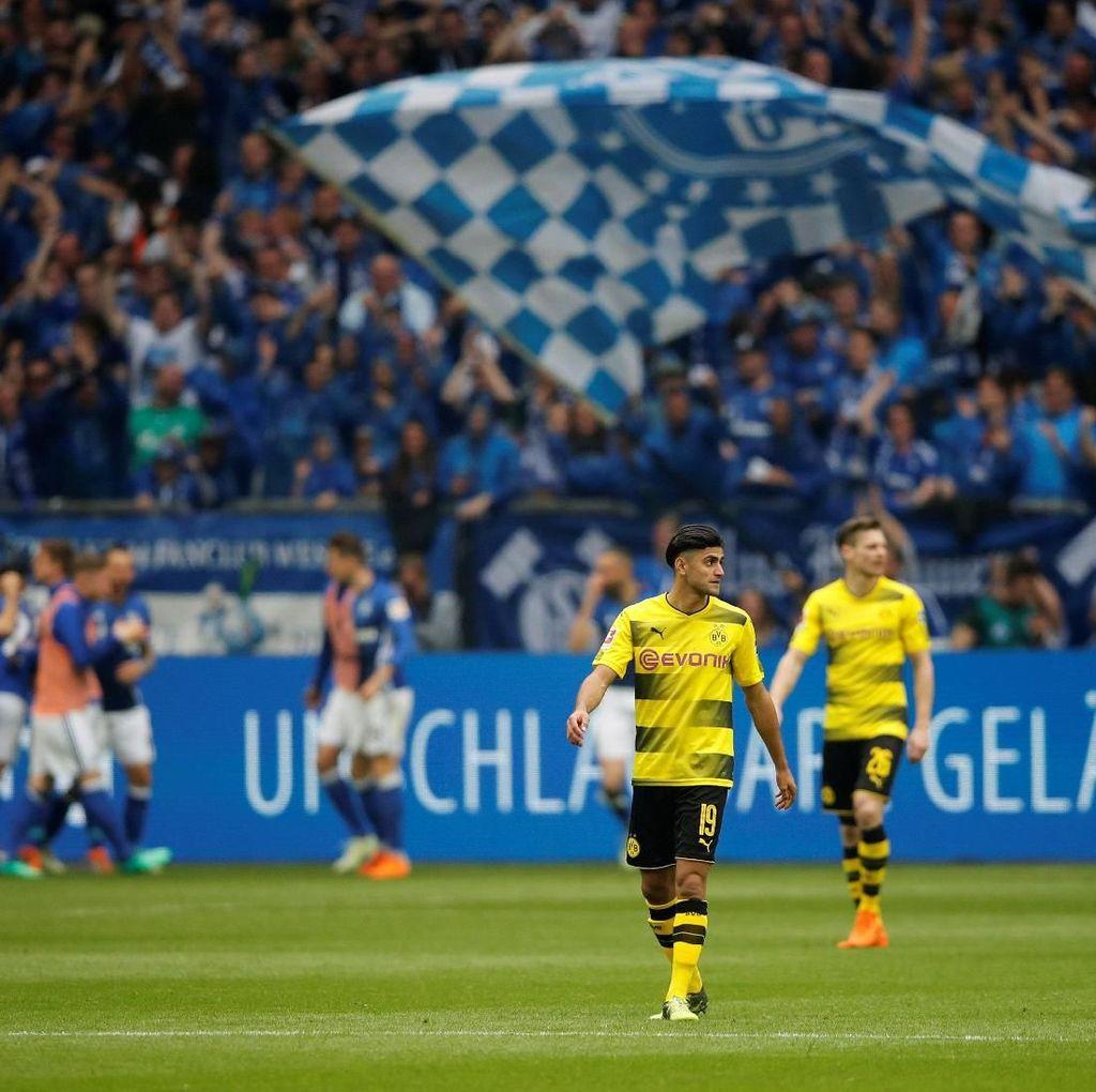 Schalke Kalahkan Dortmund di Derby Ruhr