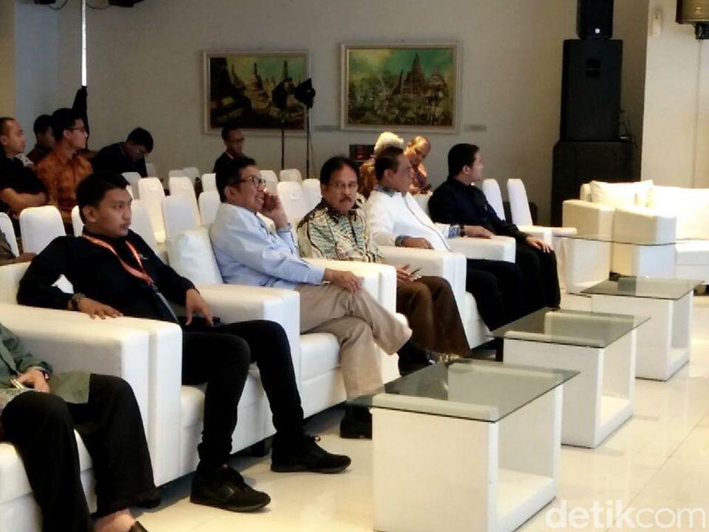 Wakapolri dan Menteri ATR Hadiri Forum Ekonomi Pemuda Islam