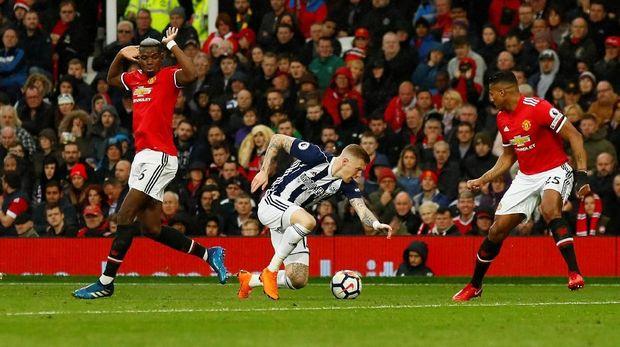 Manchester United dikalahkan West Brom United 0-1 di Stadion Old Trafford.