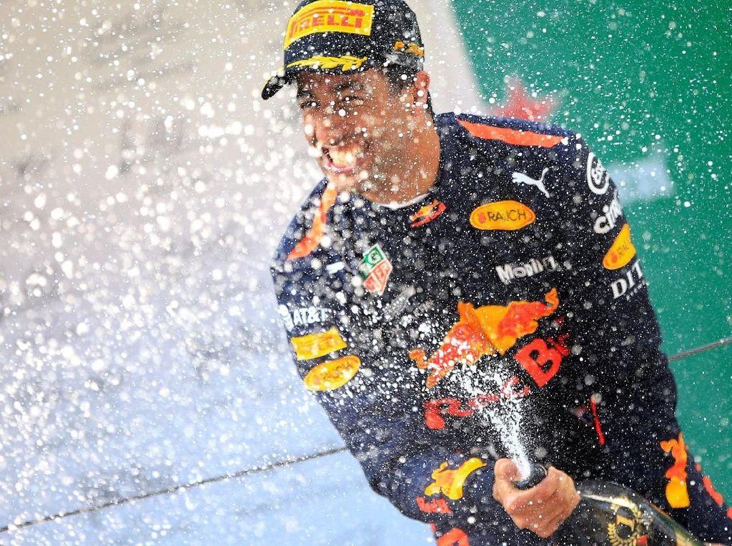 Buah Manis Kerja Keras Ricciardo di Shanghai