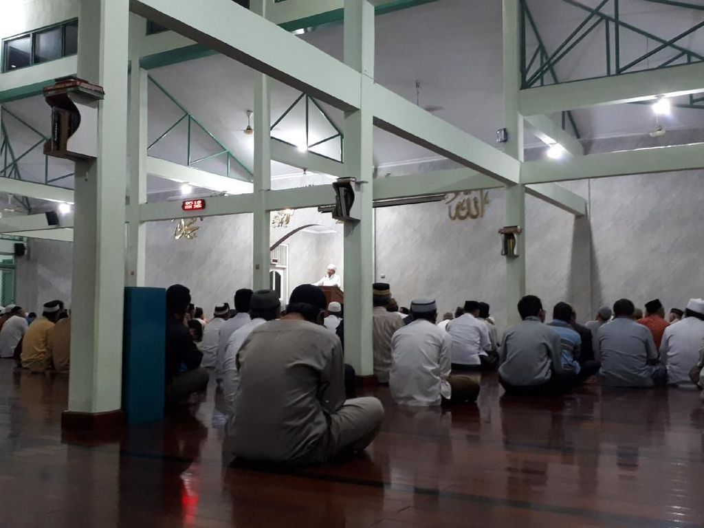 Al-Khaththath Deklarasi Gerakan Indonesia Salat Subuh