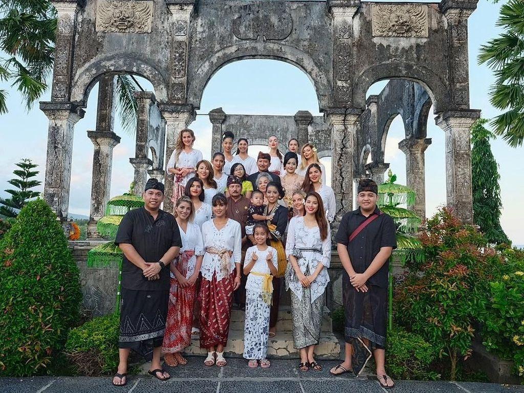 Finalis Miss Universe 2015 Terpesona Keramahan Warga Bali