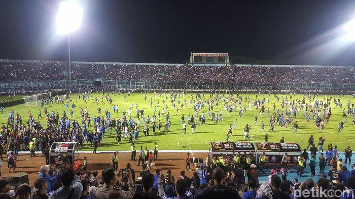 Arema Fc saat melawan Persib Bandung. (Foto: Aminudin Muhammad/detikSport)