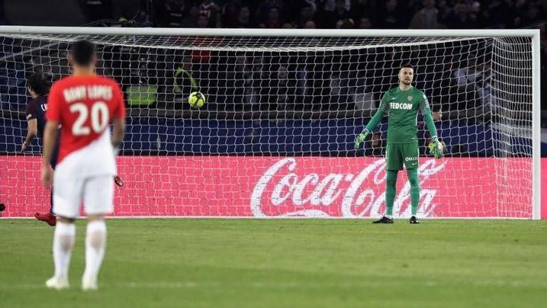Dipermalukan PSG Monaco Akan Ganti Pengeluaran Suporter