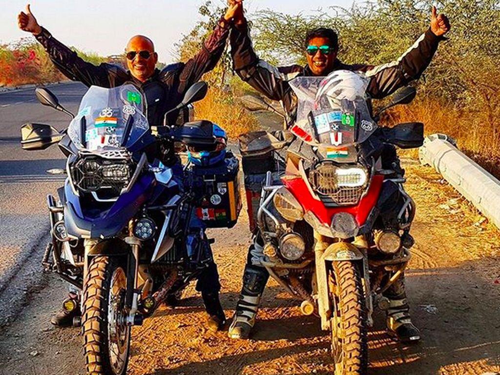 Cerita Dua Sahabat Keliling 34 Negara Naik Sepeda Motor