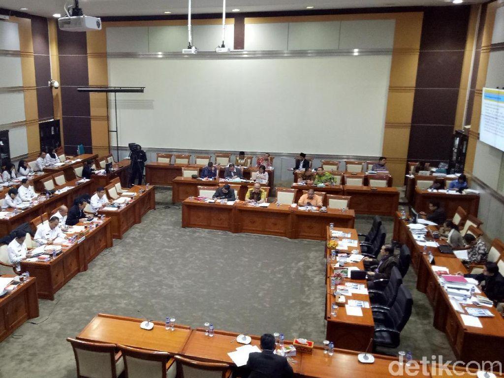 Komisi III-BNN Rapat Bersama Bahas Kejahatan Narkotika