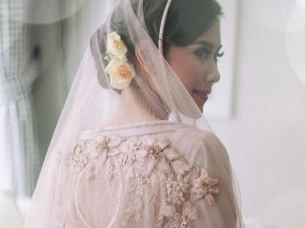Cantiknya Syahnaz Sadiqah Bergaun Pink Saat Pengajian Jelang Menikah