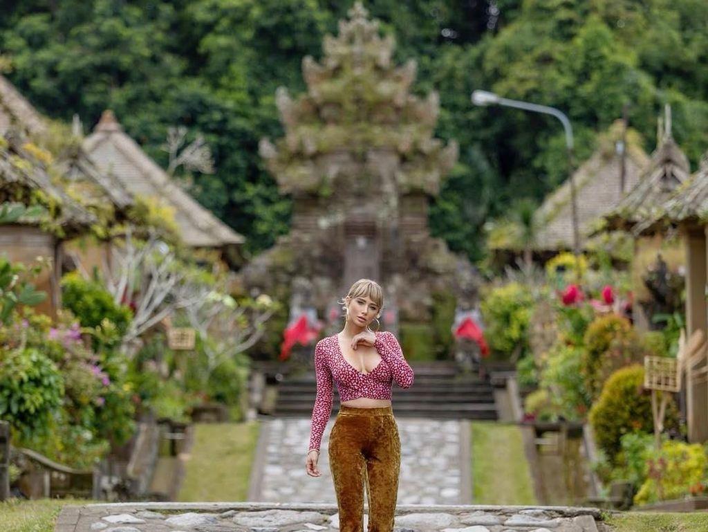 Polling: Luhut Ajak Work From Bali, Gaskeun?