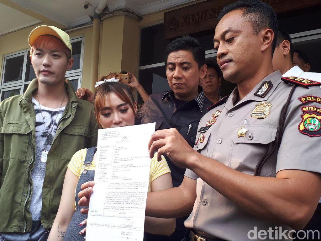 Mobil Dirusak Pemotor, Lee Jeong Hoon Khawatir Kondisi Janin Istri