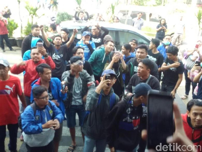 Tiba di Bandung, Skuat Persib Disambut Meriah Bobotoh