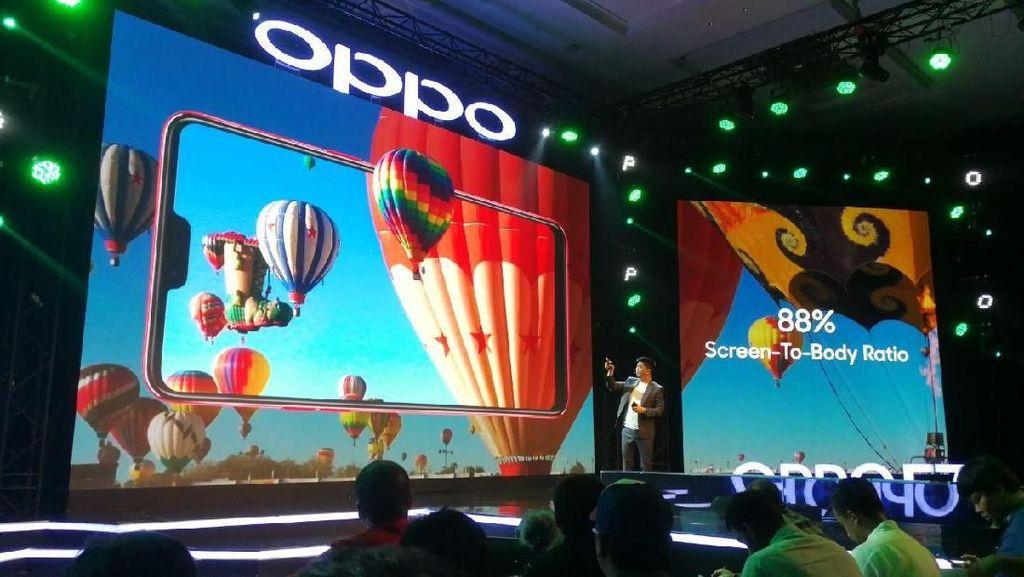 Keramaian Peluncuran Duo Oppo F7
