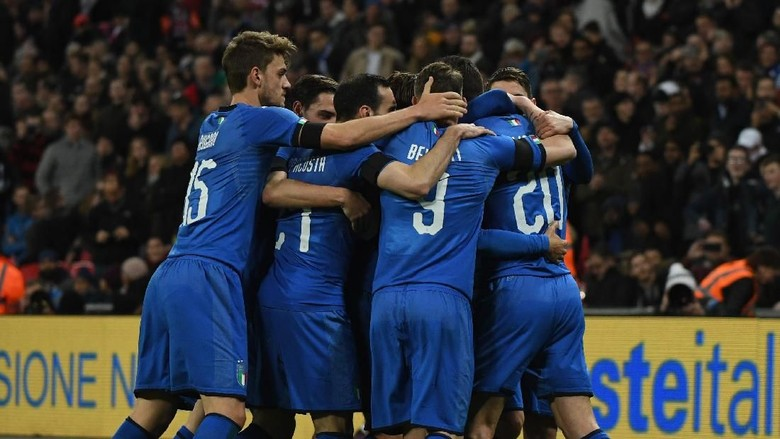 Sepakbola Italia Tak Sedang Krisis