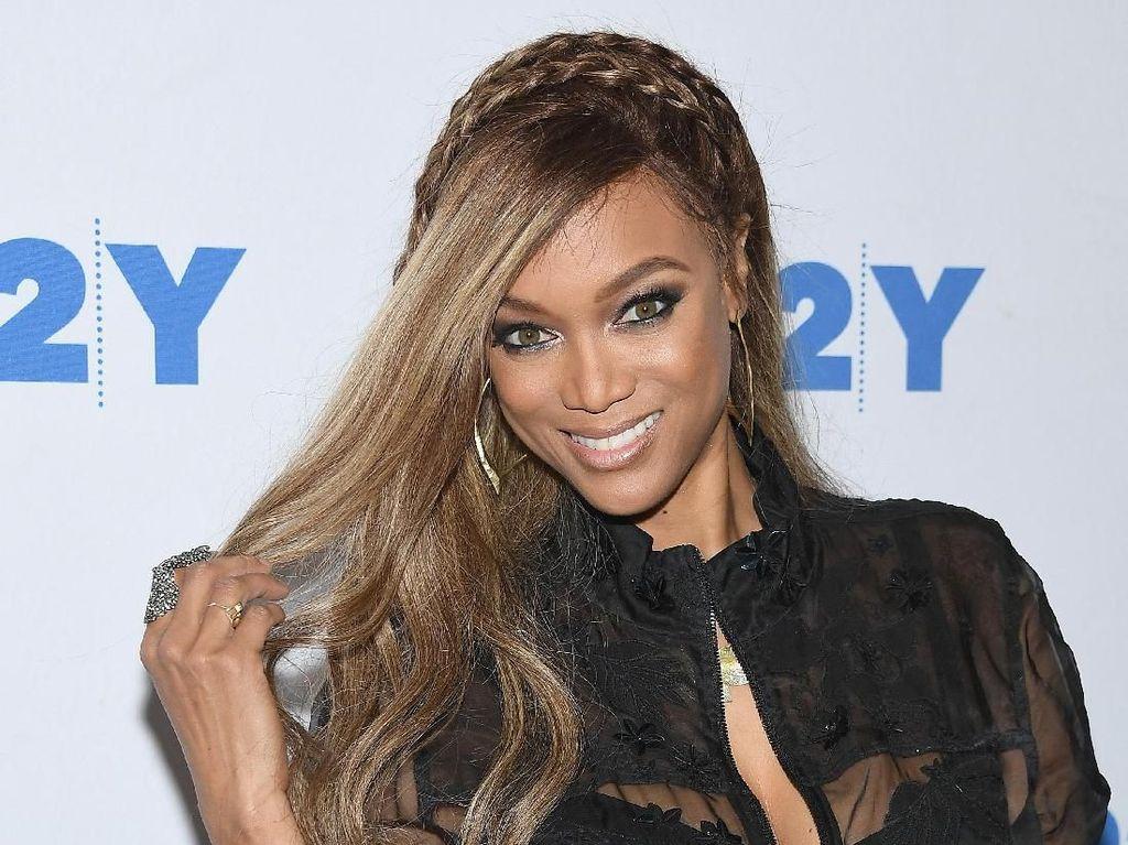 Tyra Banks Hampir Gagal Jadi Model Victorias Secret Hanya Karena Rambut