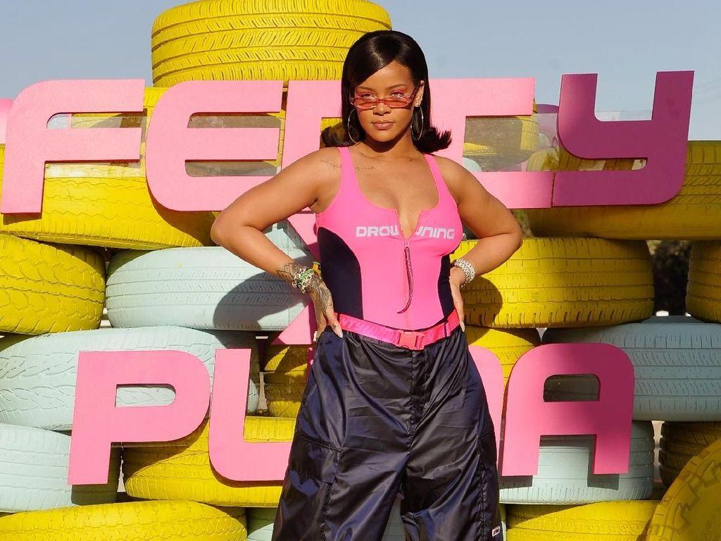 Rihanna Segera Rilis Lingerie untuk Perempuan Plus-Size