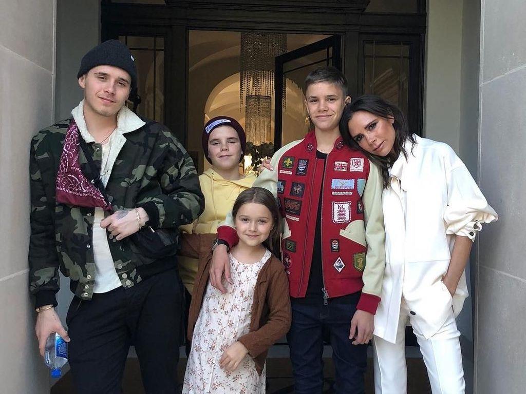 Happy Birthday Victoria Beckham! Intip Potret Keluarga Bahagianya