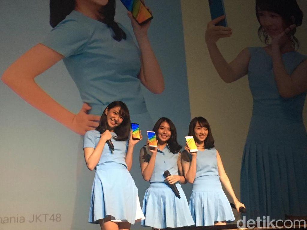 Gemasnya JKT48 Perkenalkan Redmi Note 5