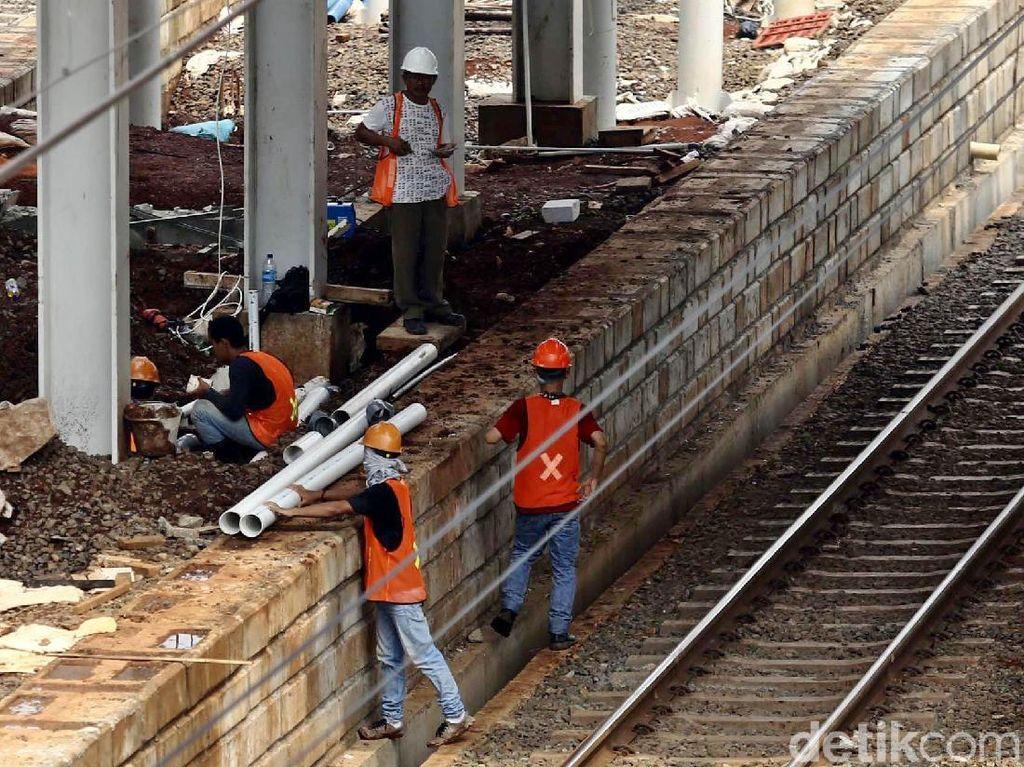 Tim Jokowi Siapkan Penangkal Isu Bangun Infrastruktur Pakai Utang
