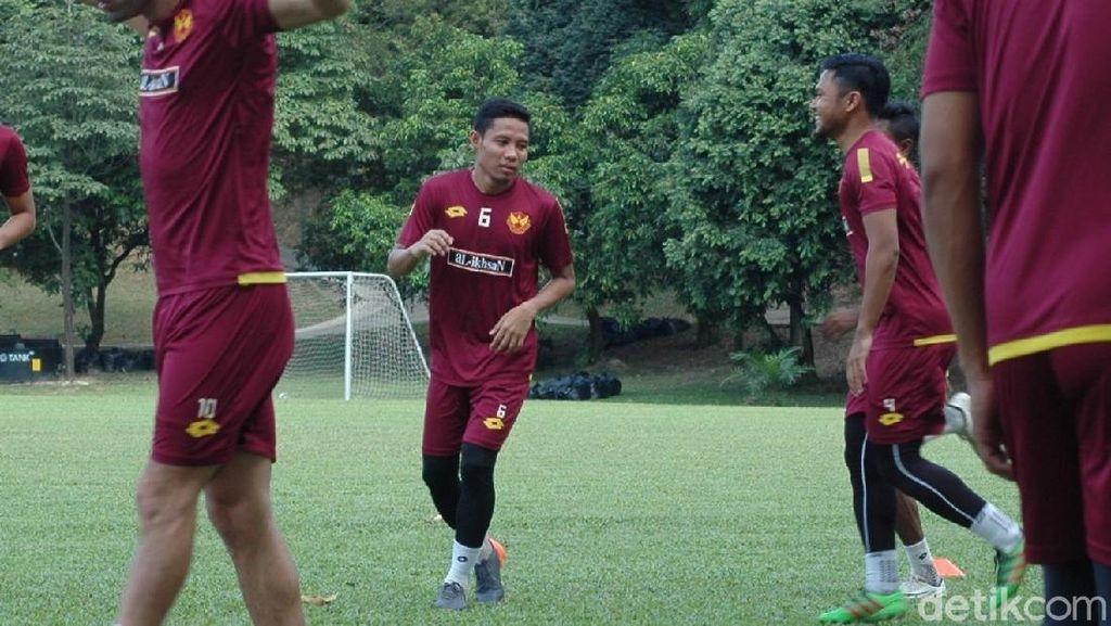 Dilepas Selangor, Evan Dimas Merapat ke Thailand?