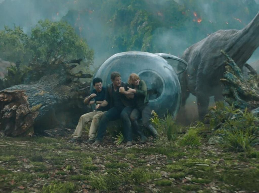 Roarr! Jurrasic World: Fallen Kingdom Puncaki Box Office