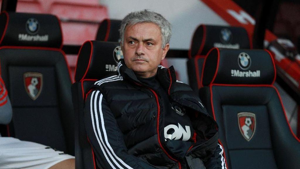 Mourinho: Inkonsistensi Bikin MU Kehilangan 10 Poin