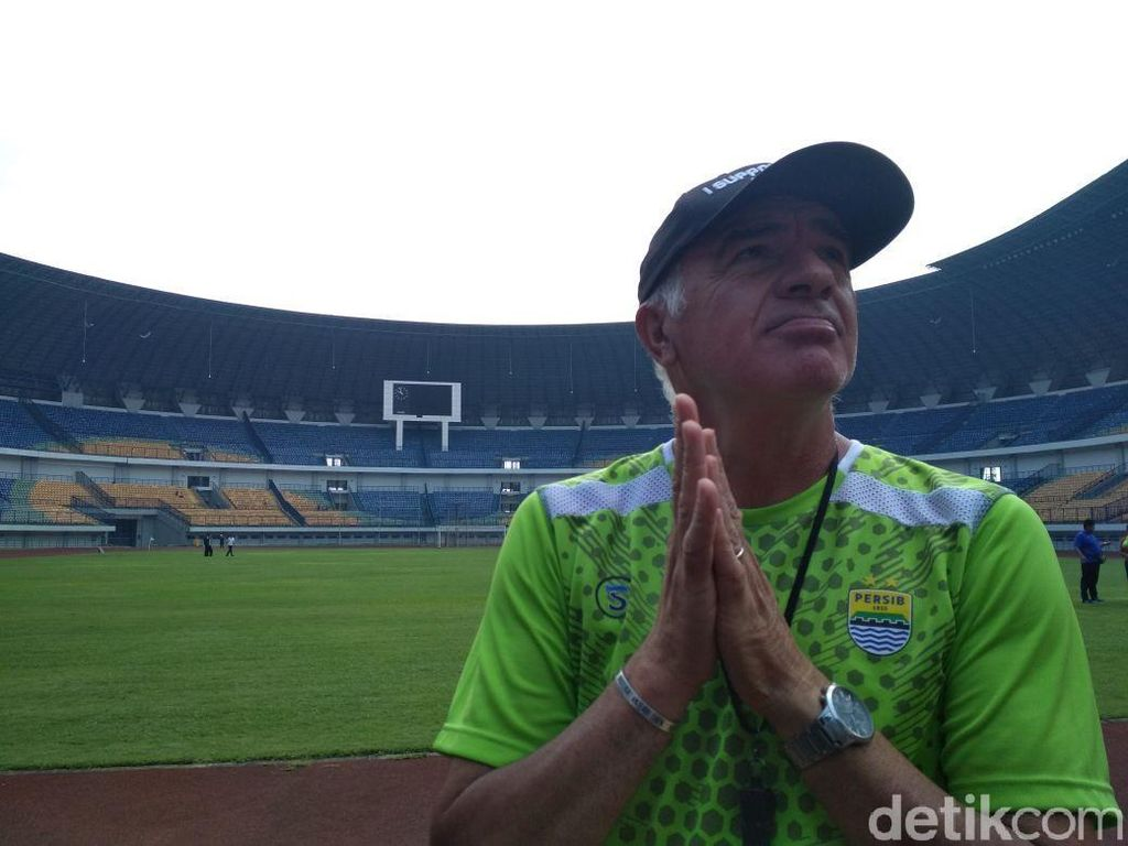 Sriwijaya FC Ditinggal Banyak Pemain, Mario Gomez Tetap Waspada