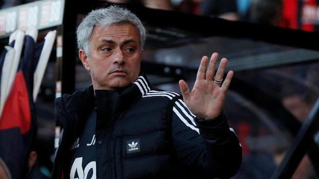 Mourinho Keluhkan Pramusim Man United Tanpa Pemain Pilar